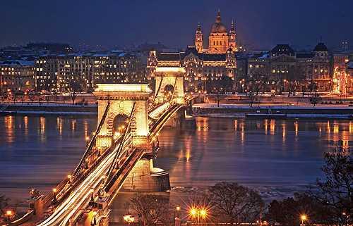 ブダペストの夜景の関連画像1