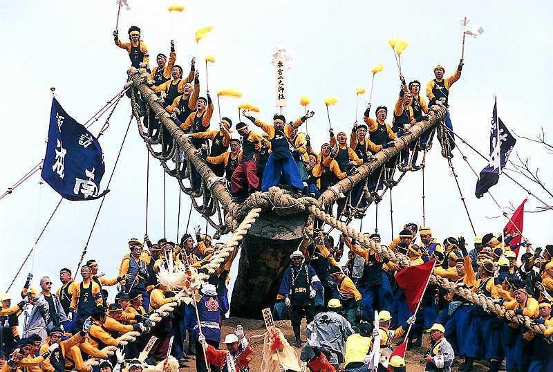 御柱祭のメイン画像