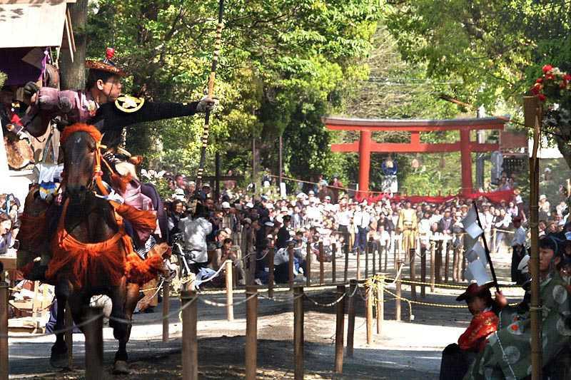 鶴岡八幡宮の流鏑馬神事のメイン画像