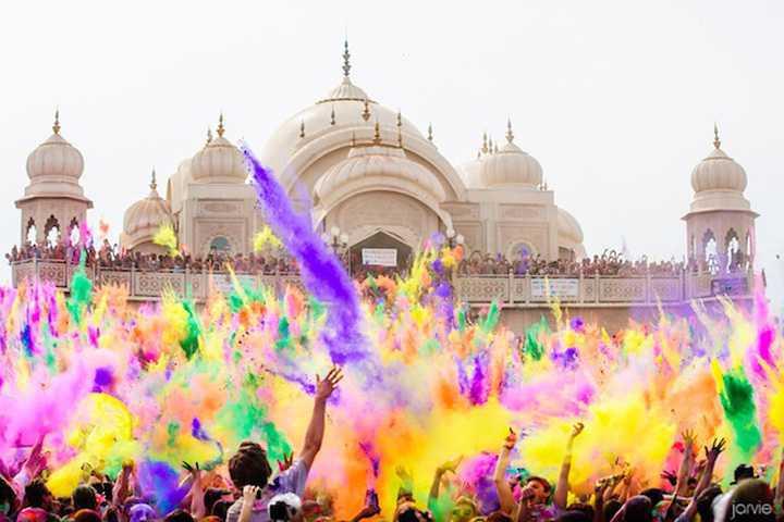 ホーリー祭のメイン画像